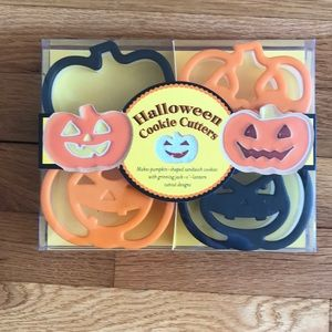 William Sonoma Halloween Cookie Cutters
